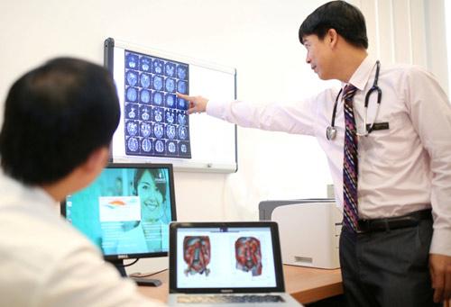 Phẫu thuật cứu sống du khách Nhật nguy kịch do lóc tách động mạch chủ - 1