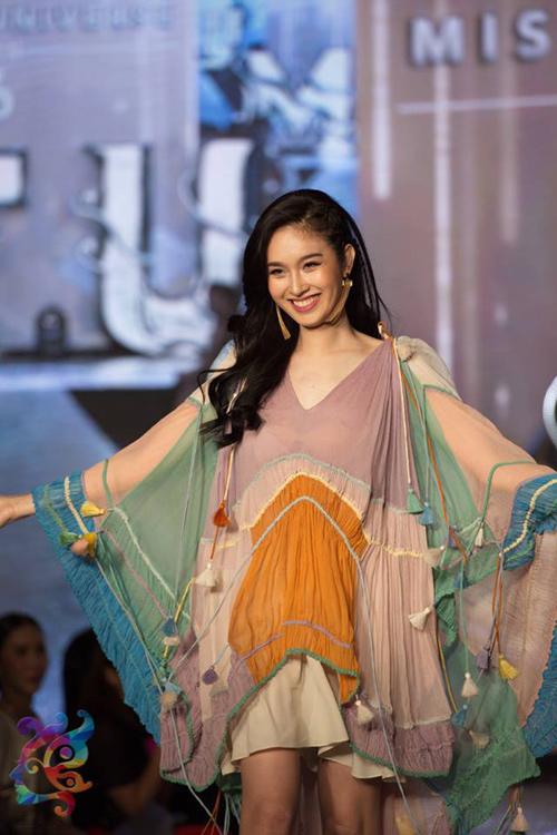 Hậu trường bikini đẹp bất ngờ ở Hoa hậu Chuyển giới - 12