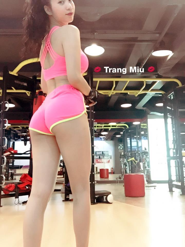 """Cách nở vòng 3 của """"hot girl phòng gym"""" Hà Nội - 1"""