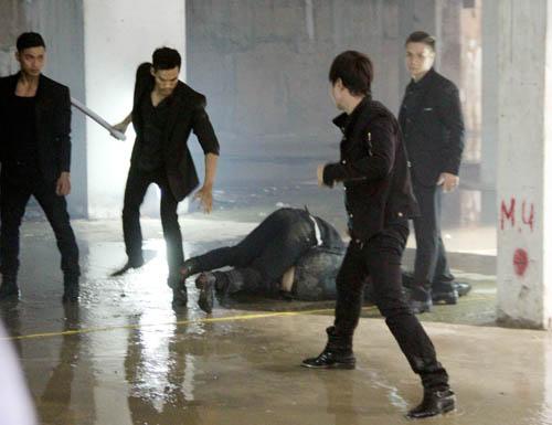 Lý Hải liên tiếp gặp tai nạn đổ máu trên phim trường - 1