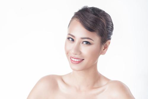 """Cận cảnh 17 cô gái đẹp nhất """"lò luyện hoa hậu"""" 2016 - 8"""