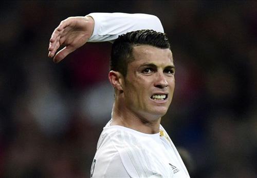 Tin HOT tối 22/4: Chấn thương, Ronaldo lỡ kỉ lục - 1
