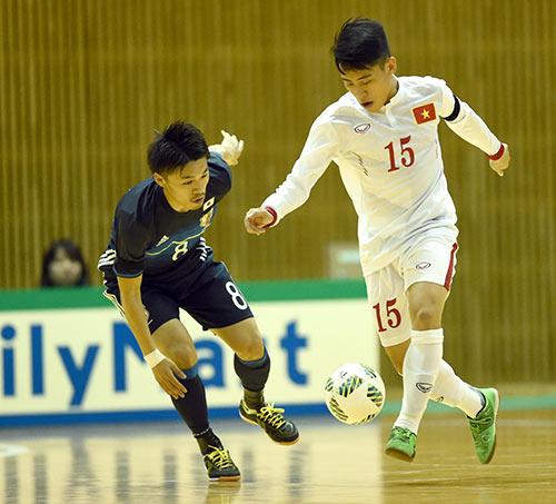 Chuẩn bị World Cup, Futsal VN nhận bài học trước Nhật - 2