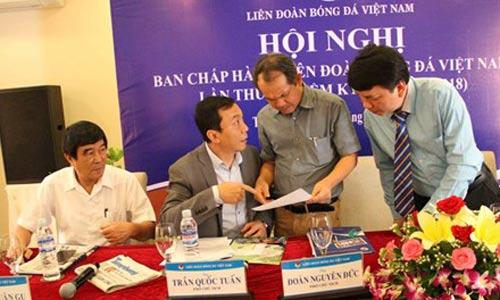 Liên đoàn Bóng đá Việt Nam: Ai làm, ai chơi? - 1