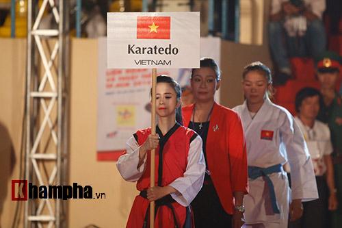 """""""Hot girl"""" Tuyết Vân tung hoành tại Liên hoan võ thuật - 10"""