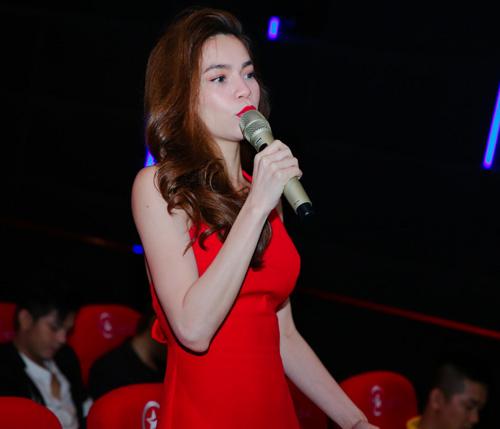 Hà Hồ đỏ rực đến chúc mừng học trò Giang Hồng Ngọc - 2