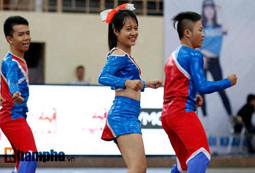 Nữ sinh khoe sắc ở giải thể thao sinh viên Việt Nam - 4