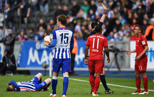 Hertha - Bayern: Bước đệm Champions League - 1