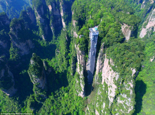 Cận cảnh thang máy đáng sợ nhất thế giới - 2