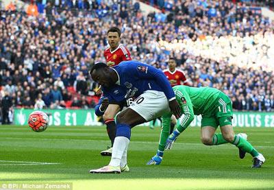 Chi tiết Everton - MU: Người hùng Martial (KT) - 3