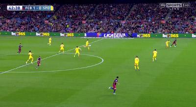 """Chi tiết Barca - Gijon: """"Cơn điên"""" của Suarez (KT) - 8"""
