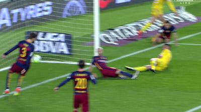 """Chi tiết Barca - Gijon: """"Cơn điên"""" của Suarez (KT) - 9"""