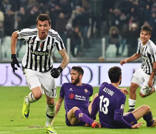 Fiorentina – Juventus: Tiến sát cửa thiên đường - 1