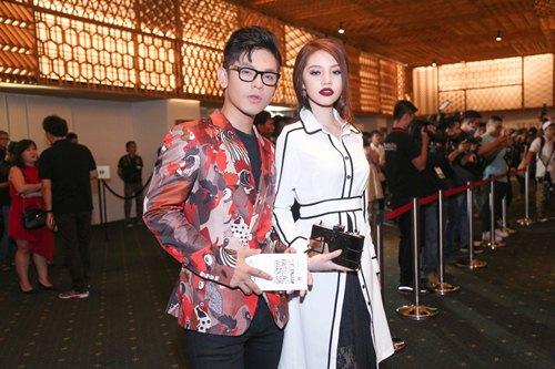 Fashionista Việt khoe cá tính thời trang độc đáo - 8