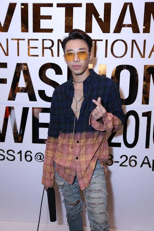 Fashionista Việt khoe cá tính thời trang độc đáo - 12