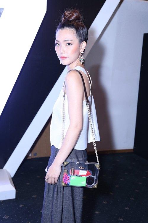 Fashionista Việt khoe cá tính thời trang độc đáo - 13