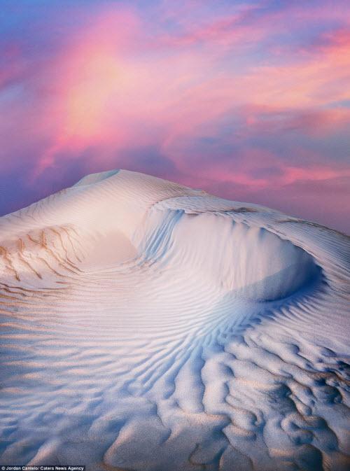 Vẻ đẹp như ở thế giới khác của cồn cát Australia - 2