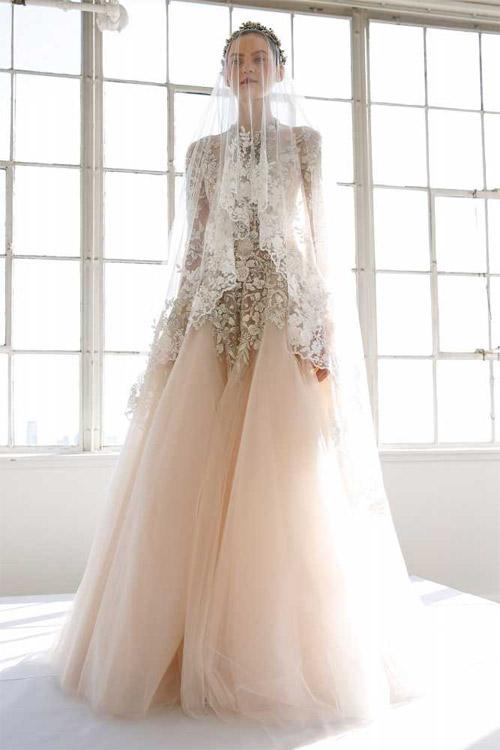 """Váy cưới đẹp tới mức """"phải nín thở"""" của Marchesa - 2"""