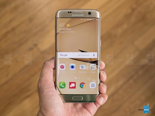 Top smartphone Android đáng mua nhất tháng 4 - 1
