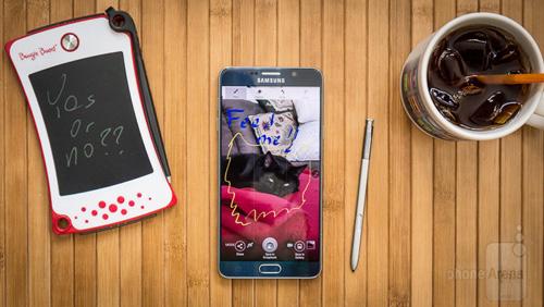 Top smartphone Android đáng mua nhất tháng 4 - 5