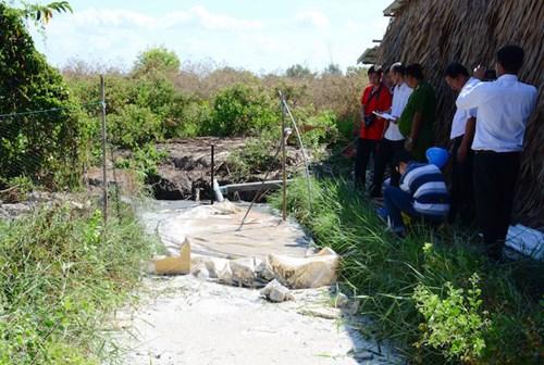 Nạn nhân ngạt khí biogas tại Cà Mau qua cơn nguy kịch - 2