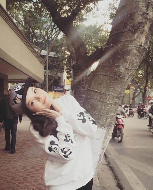 """Mỹ nhân Việt """"cưa sừng làm nghé"""" khiến fan thích thú - 3"""