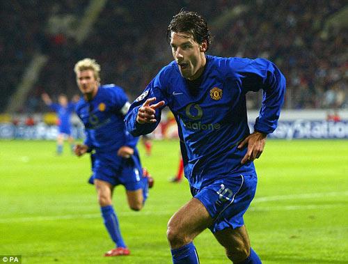 Đội hình hay nhất NHA: MU chấp Chelsea, Arsenal, Man City - 4