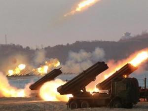 Triều Tiên điều 300 dàn rocket đa nòng dọc biên giới HQ