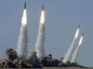 """Iskander - tên lửa đạn đạo tầm ngắn """"vô hình"""" của Nga"""