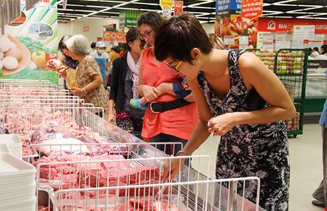 Thịt heo, xúc xích… ngoại đổ bộ quán bình dân Sài Gòn - 1