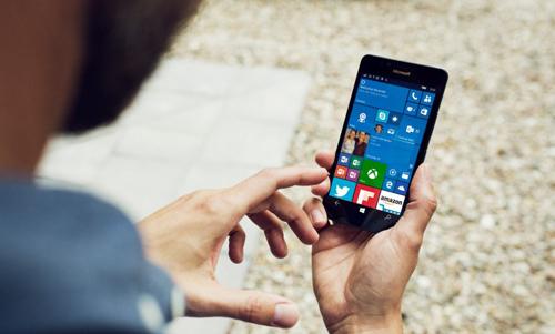 Microsoft chỉ bán 2,3 triệu máy Lumia, doanh số thê thảm - 1