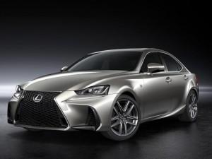Ngắm Lexus IS dùng ống xả vuông, nội thất cao cấp hơn