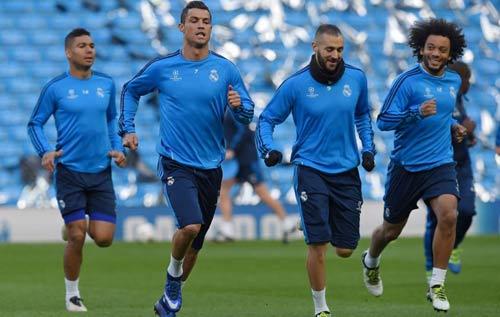Ronaldo: Hạ Man City và chinh phục các kỷ lục - 2