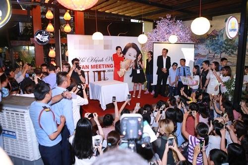 Hồ Hạnh Nhi quá đáng yêu trước fan Việt - 3