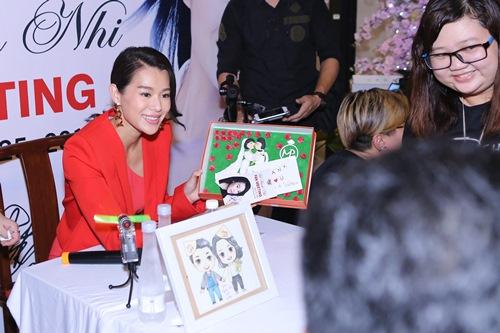 Hồ Hạnh Nhi quá đáng yêu trước fan Việt - 7