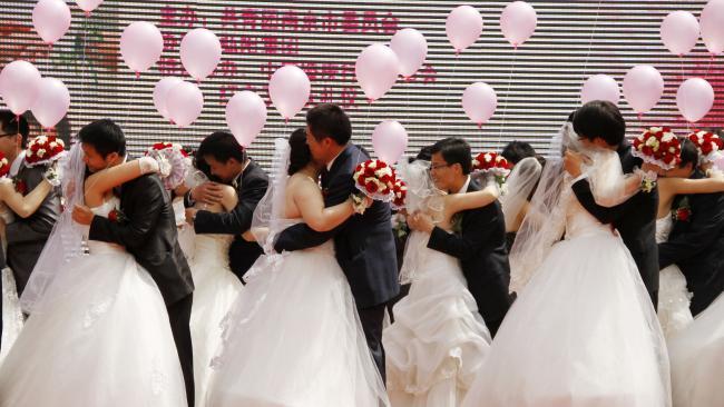14 triệu phụ nữ Trung Quốc lấy phải chồng gay - 3