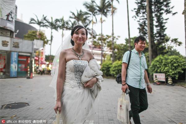 14 triệu phụ nữ Trung Quốc lấy phải chồng gay - 2
