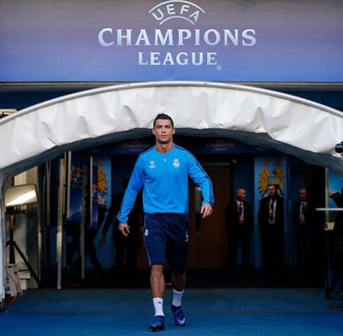 Ronaldo: Hạ Man City và chinh phục các kỷ lục - 1