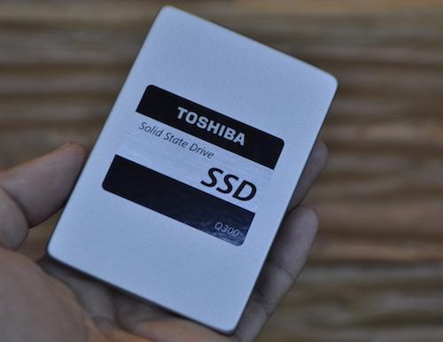 """Toshiba giới thiệu ổ cứng SSD sử dụng chip """"cây nhà lá vườn"""" - 1"""