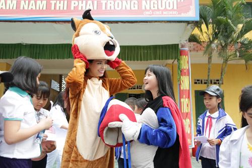 Bảo vệ nụ cưới Việt Nam cùng biệt đội Nha sĩ nhí - 3