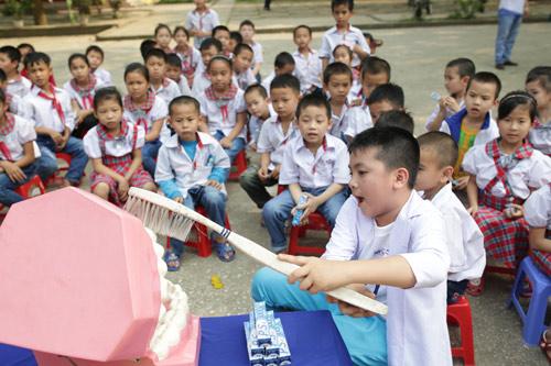 Bảo vệ nụ cưới Việt Nam cùng biệt đội Nha sĩ nhí - 5