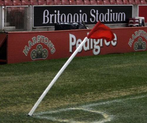Sức gió: Thủ phạm khiến bóng đá Anh thụt lùi - 4