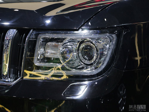 "Hồng Kỳ LS5: SUV ""rẻ tiền"" nhái xe sang Range Rover - 5"