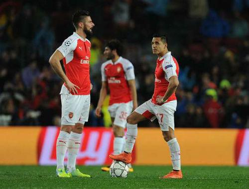 """Ozil: Khi Arsenal không còn xứng với """"vua kiến tạo"""" - 2"""