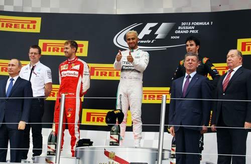 F1, Russian GP: Hamilton, Vettel tổng tấn công Rosberg - 3
