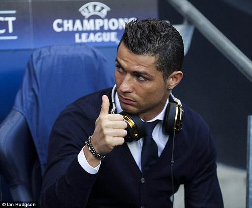 """Ronaldo sắp trở lại nhờ """"tế bào gốc"""" - 1"""