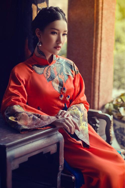 Hoa khôi Du lịch đẹp mơ màng với áo dài đậm chất Huế - 2
