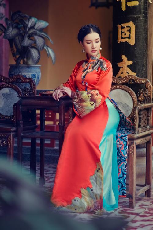 Hoa khôi Du lịch đẹp mơ màng với áo dài đậm chất Huế - 3