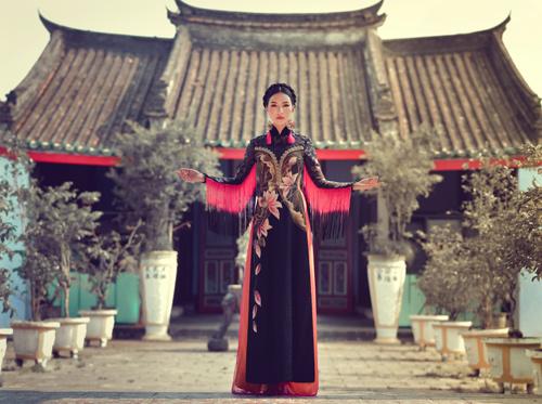 Hoa khôi Du lịch đẹp mơ màng với áo dài đậm chất Huế - 5
