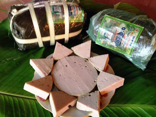 Nghệ nhân chia sẻ cách làm nem chua rán, giò chả Ước Lễ - 3